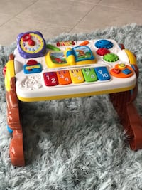Vtech 2 in 1 Discovery Table - EUC Lake Worth, 33467