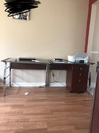 Computer deck has a extra piece that makes it a L shape, $80 for the desk $100 with the chair Columbus, 43227