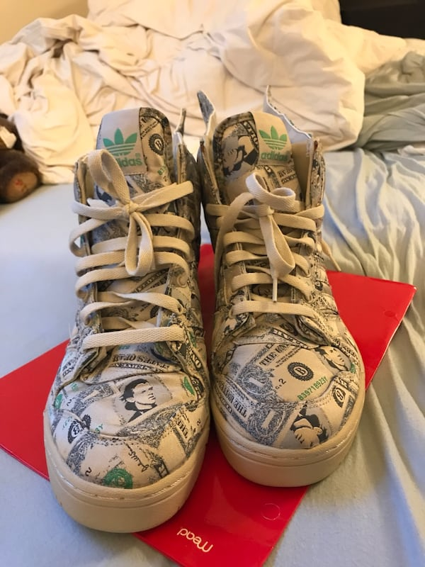 Jeremy Scott Wings Limited Edition (size 10) 16a5beec-4899-46c1-8f41-bde7896b3f64