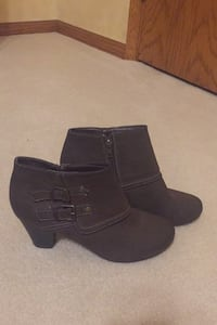 Sam and Libby size 8 women's booties Appleton, 54915