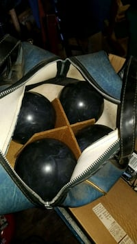 4 candlepin bowling ball's in bag Rochester, 03867