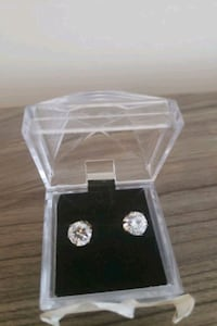 New 925 Sterling Silver Cubic Zircona earing studs Richmond Hill, L4C 1V6