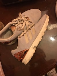 Adidas shoes size 6 Lakeland, 33810