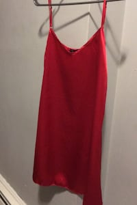 Silk nightgown - tags on  Guelph, N1H 3A8