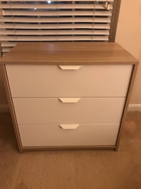 Ikea white wooden 3-drawer chest Bethesda, 20817