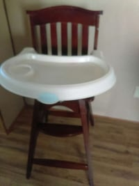 brown-and-white high chair Spartanburg