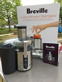 Black and gray breville juicer / extractor with box Arlington, 22206