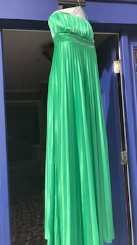 women's green sleeveless maxi dress Temple Hills, 20748
