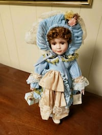 Porcelain collectible doll Hagerstown, 21740