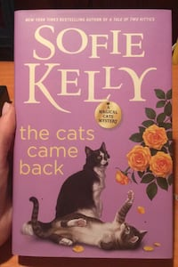The Cats Came Back by Sofie Kelly Framingham, 01702