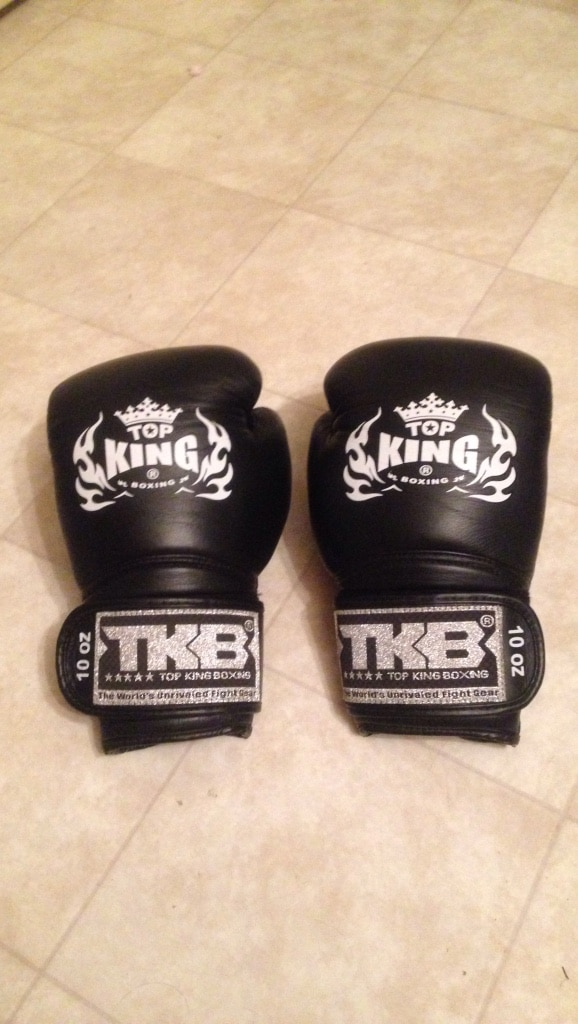 Top King 10oz gloves