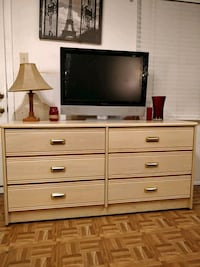 Nice wooden dresser in very good condition, all dr Annandale, 22003