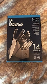 Henckels knife set bought for 400$ plus tax never been used  Roseneath, K0K 2X0