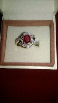 Sterling silver ring with 1 CT Ruby