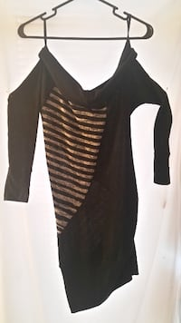 black and white scoop-neck long-sleeved dress Baltimore