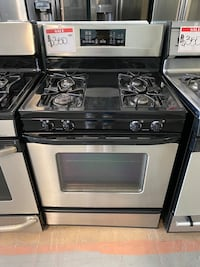 GE PROFILE gas stove *used* Reisterstown, 21136