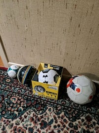 4 soccer balls, size 1 2 3 and 4