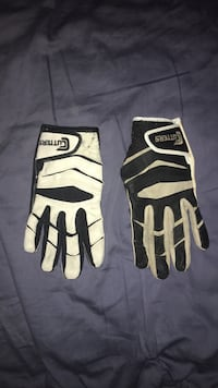 football gloves Thornton, 80229