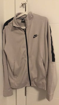 Nike jacket  Burnaby, V5G 1W7