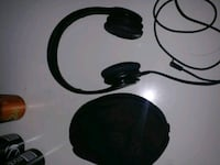 black and gray corded headphones Oradell, 07649