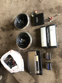 Amplifier subwoofers stereo equipment misc.