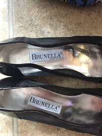 Size 38 never worn, made in italy Cambridge, N1T 2J5