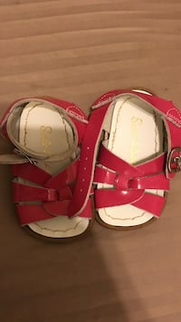 Salt water sandals baby size 3 new