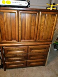 Solid wood armoire Round Rock, 78664
