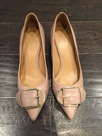 Nine West nude leather shoes size 5