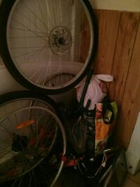 Bike parts and wheels 60.00 for all  St. Catharines, L2R 3W8