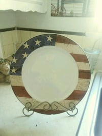 American Flag decorative plate with stand Bakersfield, 93308