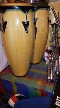 Congas with stand Leduc
