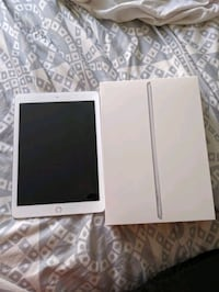 less then a month old iPad 32g 10.2