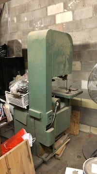 Bandsaw for sale as is  Oakville, L6M 0N4