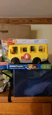 Little people school bus ages 1-5 Welland, L3C 5M4