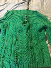 American eagle sweater. Size L Moore, 73160