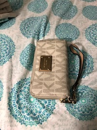 brown and black Michael Kors leather wristlet Falls Church, 22046