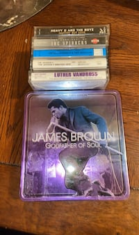 Classic cassette tapes and cdCollection Randallstown, 21133