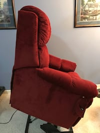 Lift / Recliner for mobility issues  3156 km