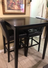 Brand New Bar Table & Stool Paterson, 07501