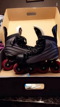 Black-and-gray inline skates with box. size 7.5 North Perth, N4W 3K4