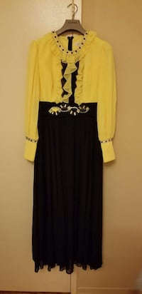 women's yellow and black long-sleeved dress Vaughan, L4H 0K1
