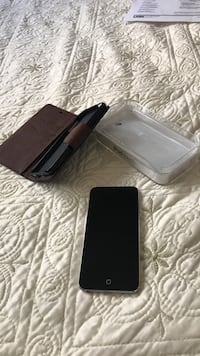 Black iPod touch with case $125!
