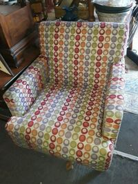 white, pink, and green polka dot print chair Odenton, 21113