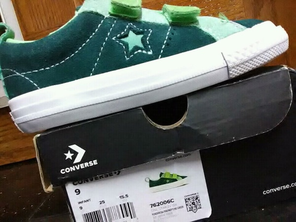 factory price 8fd5b 74d6a Used Converse for toddler for sale in San Leandro - letgo