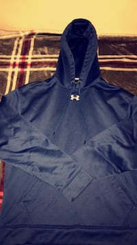 Under Armour hoodie Joint Base Lewis-McChord, 98433