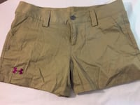 Small Shorts size 4 Under Armour Port Hope, L1A 2M5