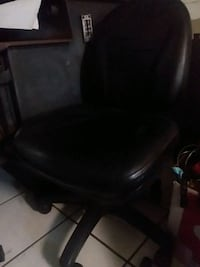 Black leather office chair in very good shape. Westminster, 21158
