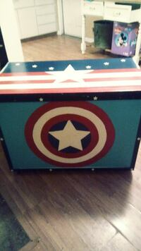 white and blue wooden chest box Los Banos, 93635