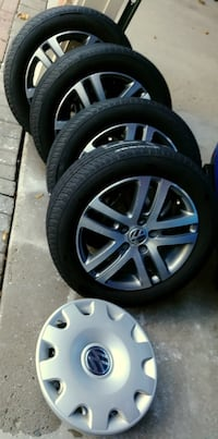 2006 Volkswagen Jetta tires and alloy rims Vaughan